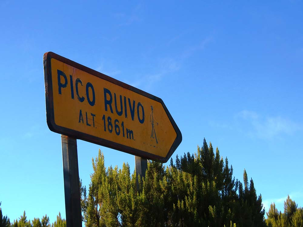 Walking and trekking in Madeira - Pico Arieiro to Pico Ruivo